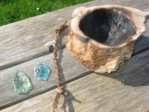 arrow heads cordage and bowl 2